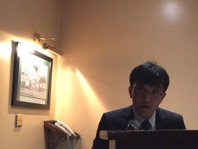プレゼンテーションをする原田第二調査部長(写真提供:日建工学(株))